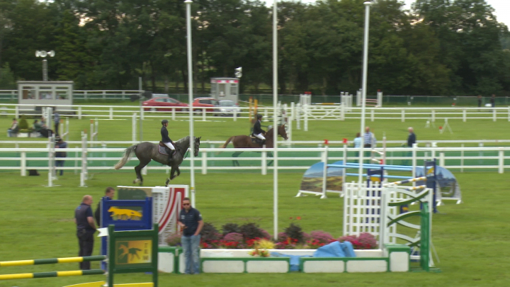 Showjumping Photo